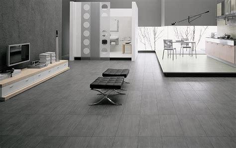 pavimento gres porcellanato come eliminare aloni e impronte dal gres porcellanato