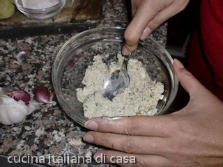 come cucinare scaloppine come preparare le scaloppine di tofu con capperi