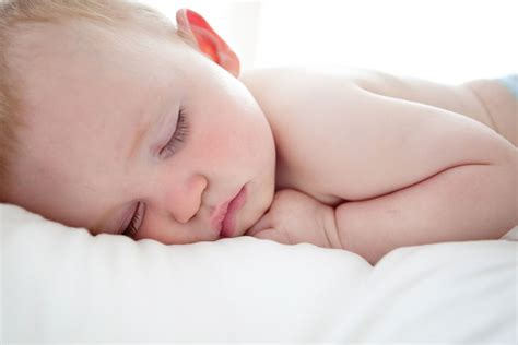 baby 8 monate schlaf baby 8 monate schl 228 ft nicht welovefamily at