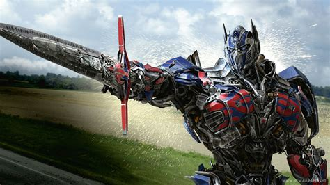 Optimus Prime in Transformers 4 Age of Extinction
