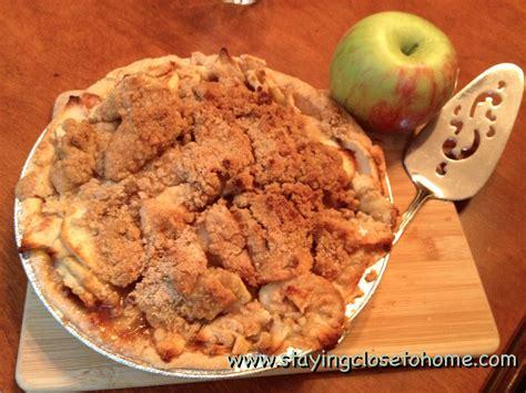 addicted  recipes apple crumb pie guest post  maria