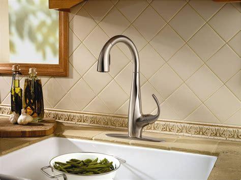 Price Pfister Debuts New Avanti Pull Down Kitchen Faucet