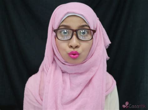Kacamata Untuk Perempuan belajar makeup untuk perempuan berkacamata