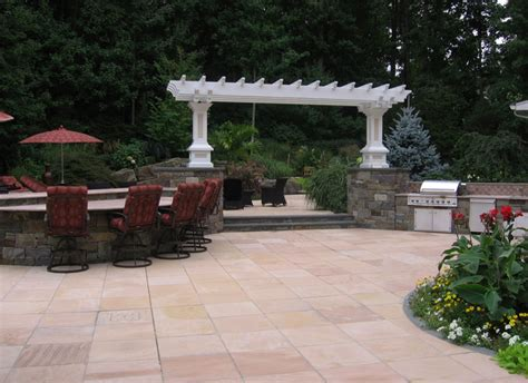 Square Backyard Ideas Landscape Simple Tuscan Style Backyard Landscaping Pictures Tennessee Snakes