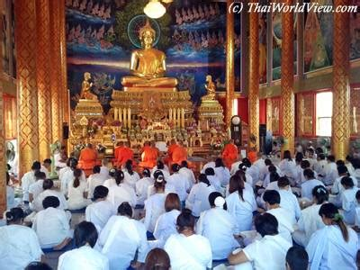 new year midnight temple ceremony thai calendar gt new year s tradition 1 2