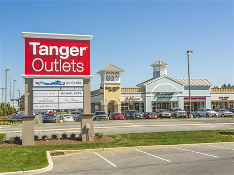outlet store tanger outlets