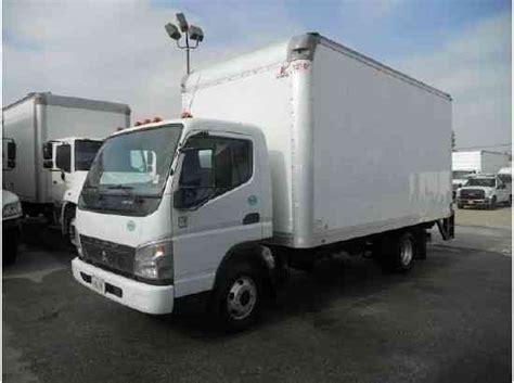mitsubishi fuso box truck mitsubishi fuso fe145 16ft box truck lift delivery 14