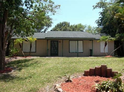 13528 51st pl n west palm fl 33411 foreclosed home