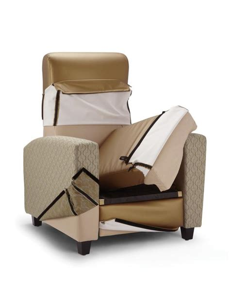 recliner that stands you up electric stand up recliner trinity furniture