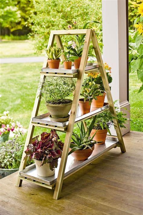 Wooden Ladder Garden Decor Diy Flower Stand Turn An Wooden Ladder Into A Flower Decoration