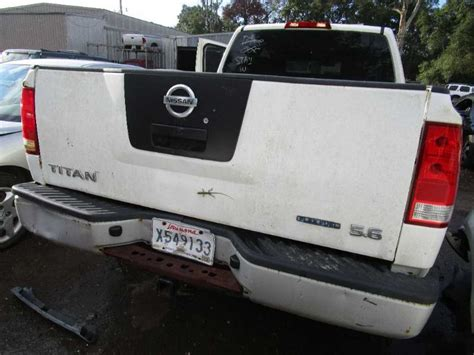utility bed parts used 2008 nissan titan rear body decklid tailgate w o