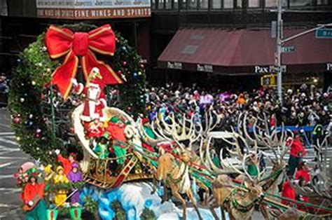 when does nyc start decorating for christmas macy s thanksgiving day parade