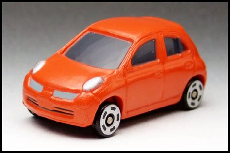 tomica nissan march ミニカーコレクション モノぶろぐー nissan march by アミューズメント tomica 35