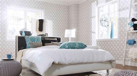 schwarze tapete für schlafzimmer hellgrau wandfarbe