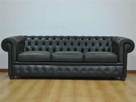 divani pelle invecchiata divano chesterfield 3 posti prezzo e dimensioni
