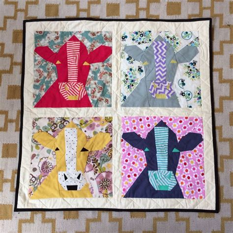 paper pieced cow quilt http piecemealquilts 2011