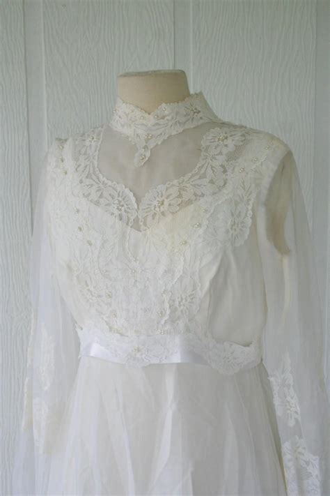 Vintage Wedding Dress 2 by Vintage Ivory Lace Wedding Gown Bridal Gown With Sleeves