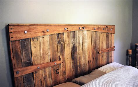 Reclaimed Wooden Headboards by 33 Dreamy Reclaimed Wood Headboards