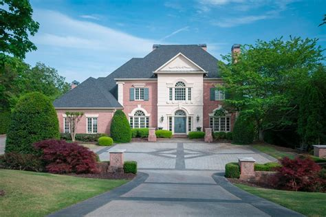 Luxury Homes In Alpharetta Ga Mediterranean Design On Lake Lanier Luxury Homes Mansions For Sale Luxury Portfolio