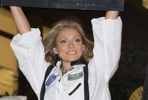 so embarrassing kelly ripa sent her in laws an x rated david letterman mstarsnews