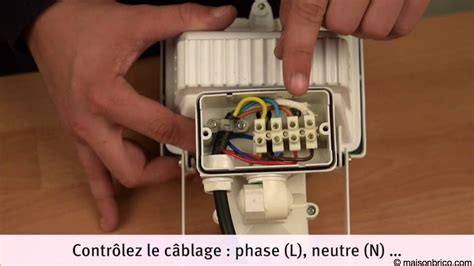 Le Led Detecteur De Mouvement 3712 by Branchement Detecteur De Mouvement Achat Electronique