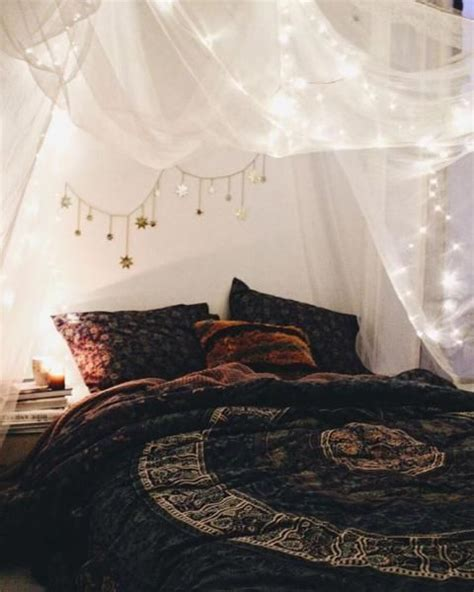 Boho Bedroom Lights these bohemian bedrooms will make you want to redecorate