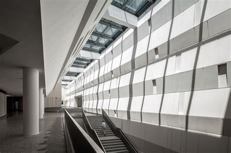 Stephen Wall Design Architecture by Stephen Riady Centre Dp Architects Archdaily