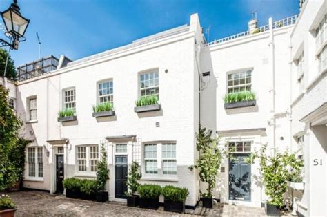 one bedroom house for sale in london 1 bedroom mews house for sale in queen s gate mews south