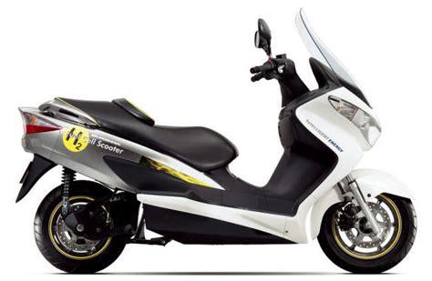Suzuki Moped Bikes Suzuki Burgman Fuel Cell Scooter Bike