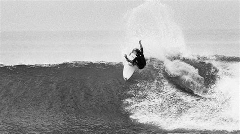 surf wallpaper black and white lowers in black and white