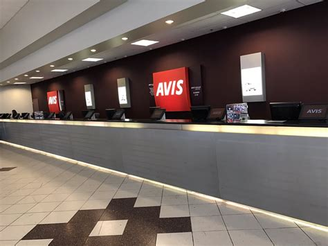 avis car rental    reviews car rental