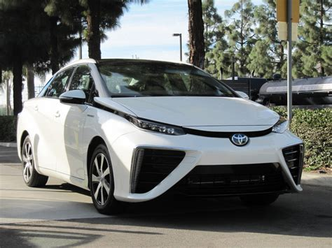 cars toyota 2016 2016 toyota mirai hydrogen fuel cell car first photos