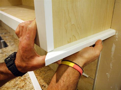 light rail molding for kitchen cabinets how to install a kitchen light rail earn in binary