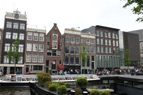 where is the anne frank house the secret annex of the anne frank house house crazy