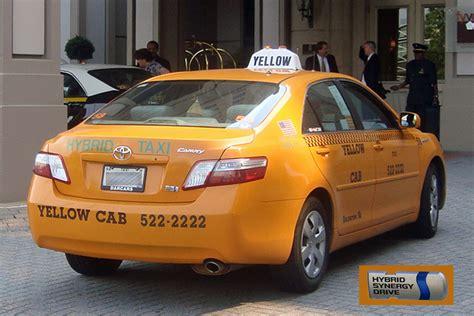 yellow toyota camry amarillo