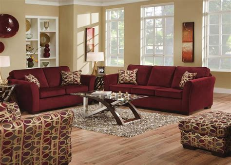 Living Room With Burgundy Sofa by 25 Best Ideas About Burgundy On