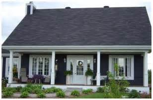 vinyl siding colors home depot home harbour ontario colour cobalt blue cottage