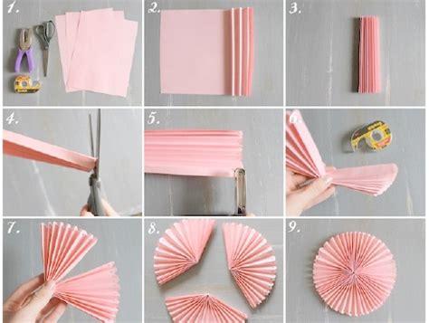 pomysły na dekoracje weselne z papieru