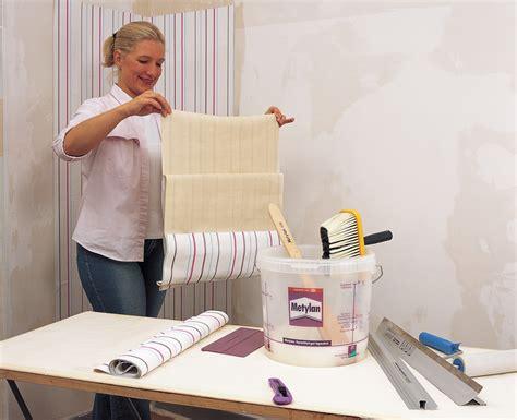 Vliestapete Tapezieren by Decke Richtig Tapezieren Wohndesign Und Inneneinrichtung