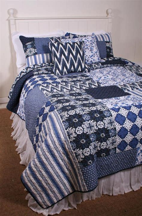 Navy And White Quilt Bedding 17 Best Images About Bedding On Quilt Sets