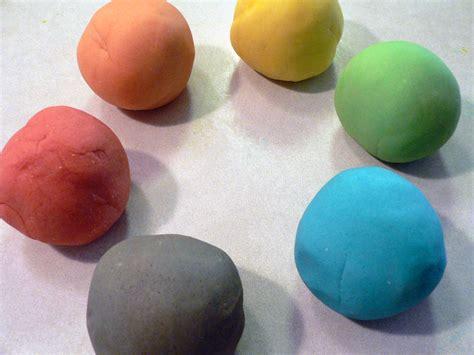 Make Your Own Play Doh!   SnugasaBugBaby