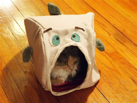 how to sew a fish cat house