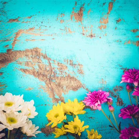imagenes vintage verano ramalhete colorido das flores no fundo de madeira do