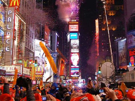 times square alliance new years eve live schedule everything you want to know about new years eve in times