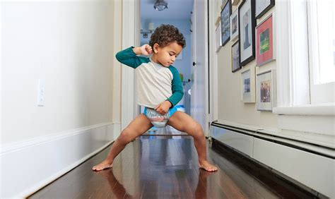 boy pull ups potty training how to potty train a boy tips advice from pull ups