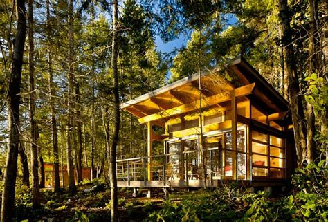Geodesic Dome Home Floor Plans by Spectacular Offgrid Cabins Offer An Escape From Reality