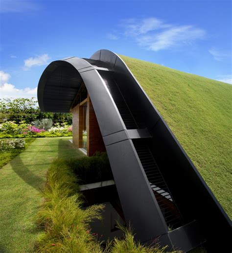 upper roof garden of contemporary house design ideas with
