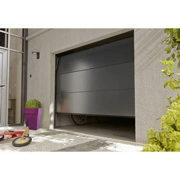 Superbe Store Sur Mesure Leroy Merlin #1: porte-de-garage-sectionnelle-motorisee-artens-essentiel-h-200-x-l-300-cm.jpg
