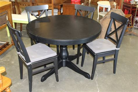 Black Dining Table With Leaf Black Dining Table With Knife Leaf And Four Chairs Big Valley Auction
