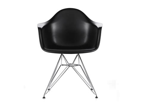 Vitra Eames Armchair by Buy The Vitra Dar Eames Plastic Armchair At Nest Co Uk